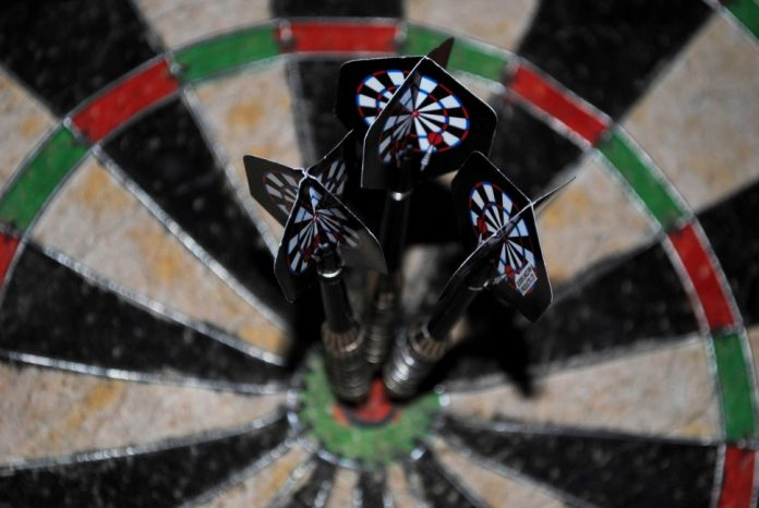 Best Steel Tip Darts Guide