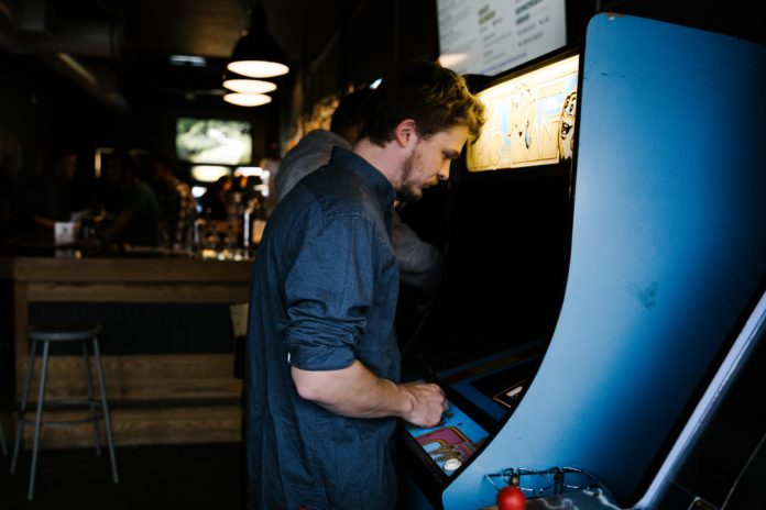classic arcade games to play in bars