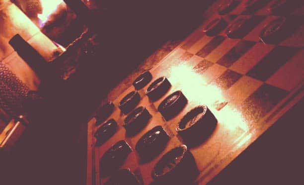 checkers bar game