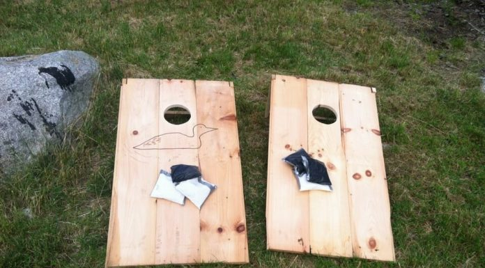 How to Find the Best Cornhole Board